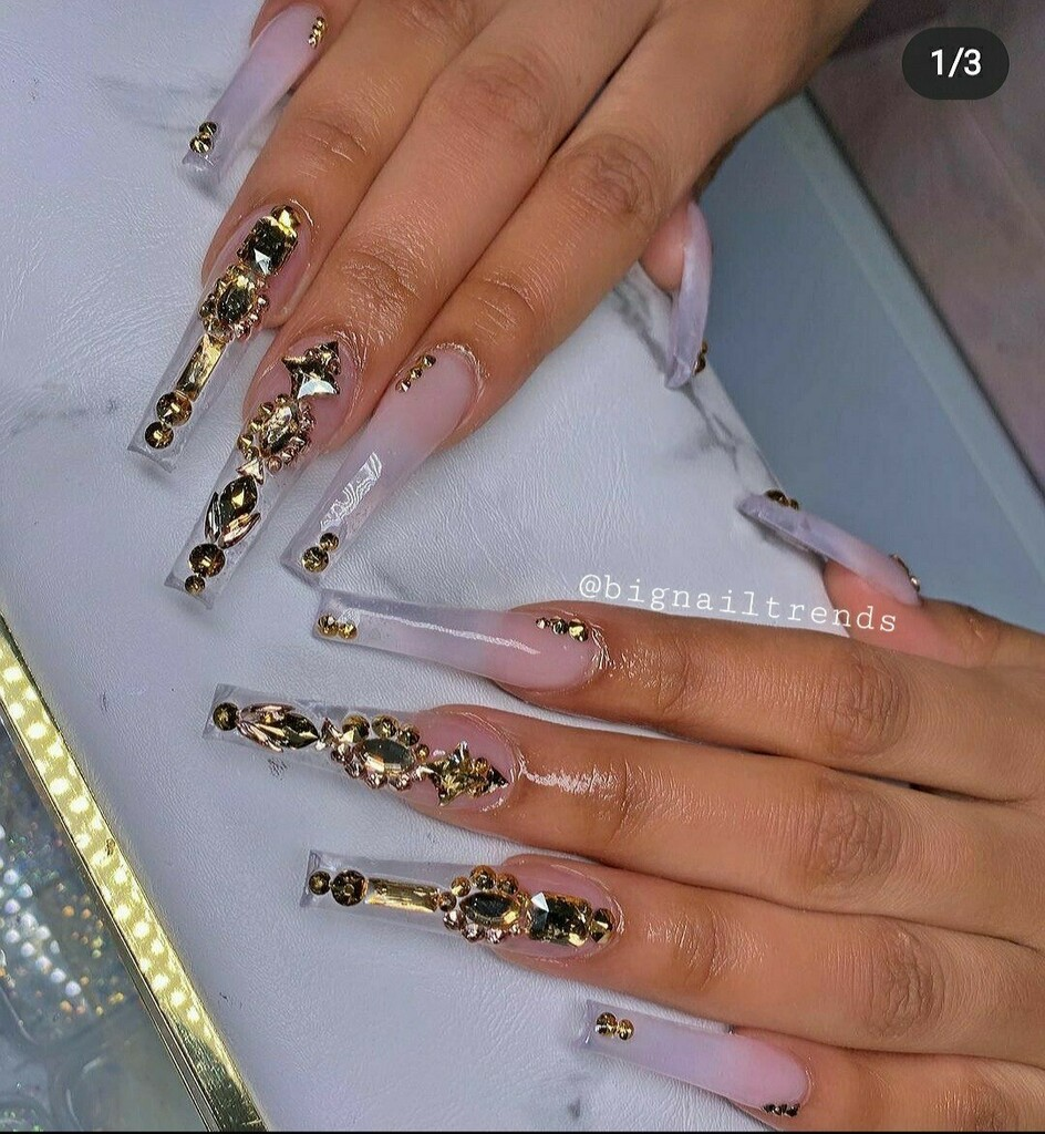 Glitter Nails 💫🎇🎇 Follow us on: 👉 Facebook: @bignailtrends 👉 Instagram: @bignailtrends 👉 Twitter: @BigNailTrends1 👉 Tiktok: @bignailtrends  You can buy materials on: @dynamicnailsupply  #nails #nail #art #beautiful #fashion #girl #nailsoftheday #…