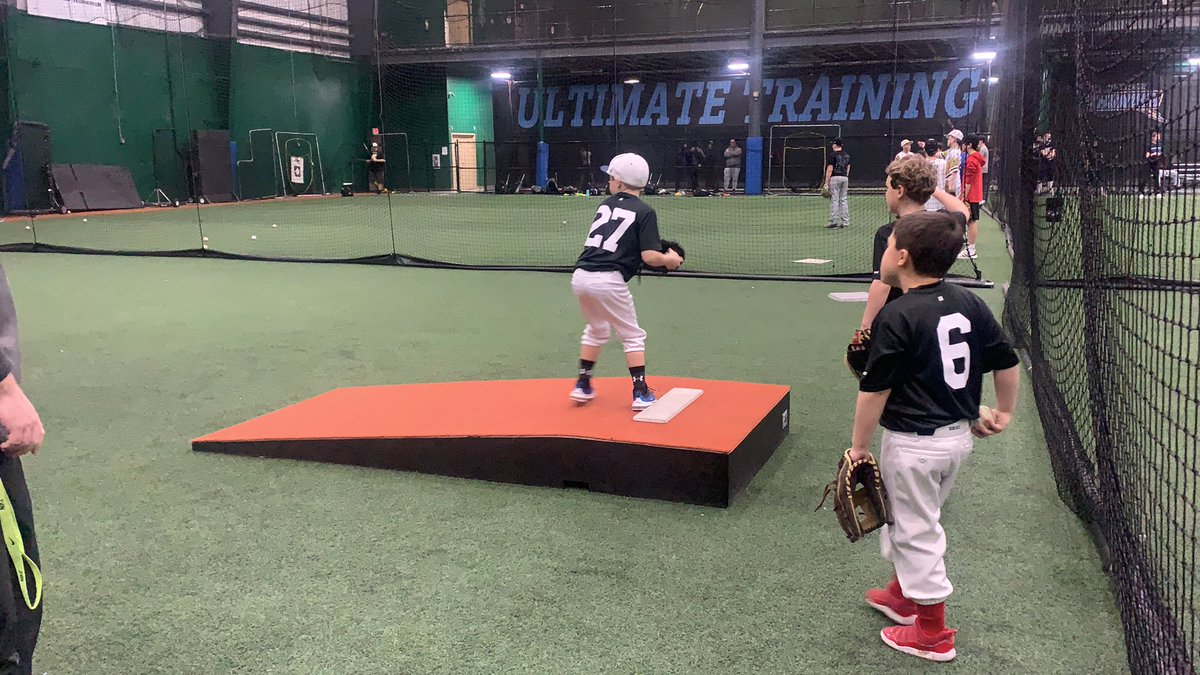 These 7U Glads got better today. 😤 Worked on some pitching and game play situations.  March is almost here... ready to hit the gas 🚦🏎💨  #getusedtoplayingonsundays @ubanebraska @UBASelect @SouthworthHits @MarucciDugout
