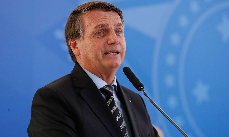 Bolsonaro insiste em postura contra isolamento e divulga protesto contra Ibaneis I  I #Itatiaia