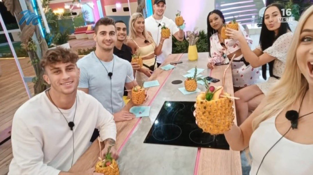 This is @LoveIsland_SA. A massive disgrace. Showing that only white ppl are acceptable for a wider audience. In a black majority country by 80%! You should be ashamed of yourselves. This cannot run. These producers knew what they were doing. Dirty ostriches. Godforsaken fools.