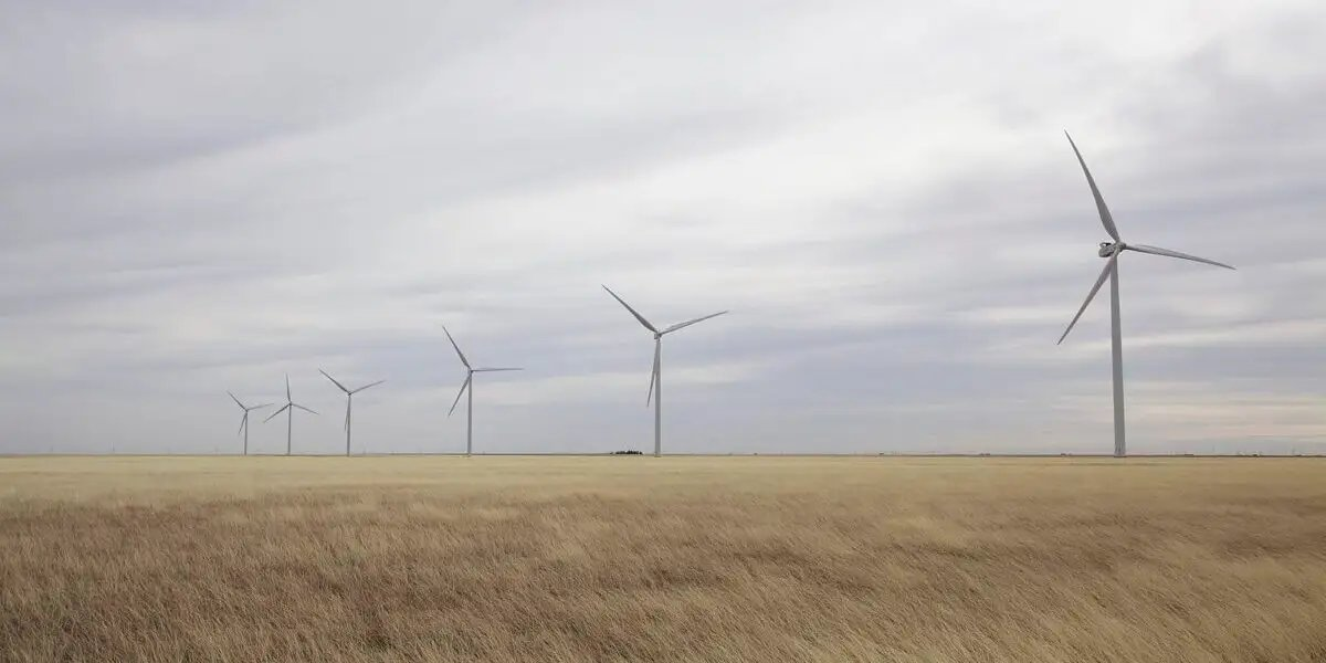 ❌ No, frozen wind turbines did not play a major role in the power outages during the winter storms in Texas. https://t.co/HLdhA5k8qd https://t.co/RHJjGCVkNE