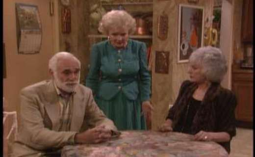 "#OnThisDay almost... 2/29/1992, #GoldenGirls aired S7E20&21 ""A Midwinter Night's Dream""  #LeapYear + #FullMoon + #EmptyNest + #Nurses = two great episodes of love and #moist #cupcakes! #RueMcClanahan #EstelleGetty #BeaArthur #BettyWhite @EmptyNestTV"