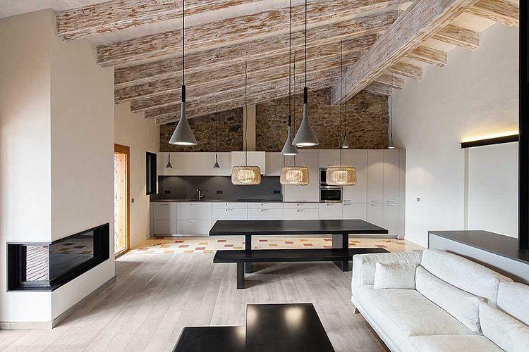 Rural Home Renovation by Dom Arquitectura    #home #homedecor #architecture #interiordesign