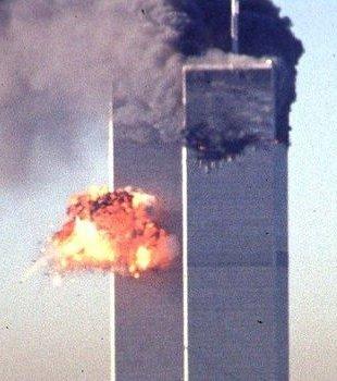Moins de 20 ans séparent ces deux images ...   #Biden #Jihad