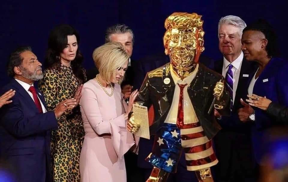 """Carl T. Bergstrom on Twitter: """"I posted a photoshop of the golden Trump  statue (left) into the famous photo of evangelicals praying over Trump  (right). I thought the reference was clear, but"""