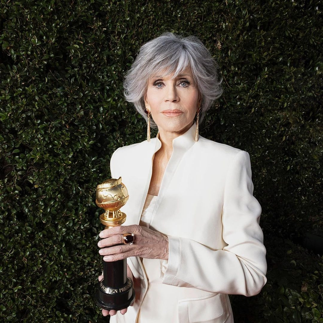💙@JaneFonda one of our most beloved #ClimateChange activists has received the Cecil B. deMille award at the @goldenglobes for her outstanding trajectory 🌍 Thank you Jane for inspiring us and pushing the envelope in this fight! 📷 #GoldenGlobes #JaneFonda #ClimateEmergency
