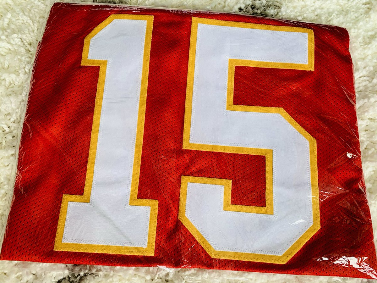 Congrats 🍾 @KCVodkaFan who was the 1st name drawn in the #DuckRaces 🦆weekly giveaway and chose the @TSEKansasCity Unofficial but Officially awesome stitched @PatrickMahomes 🚀🦾jersey XL! 1 more winner to go #ChiefsKingdom
