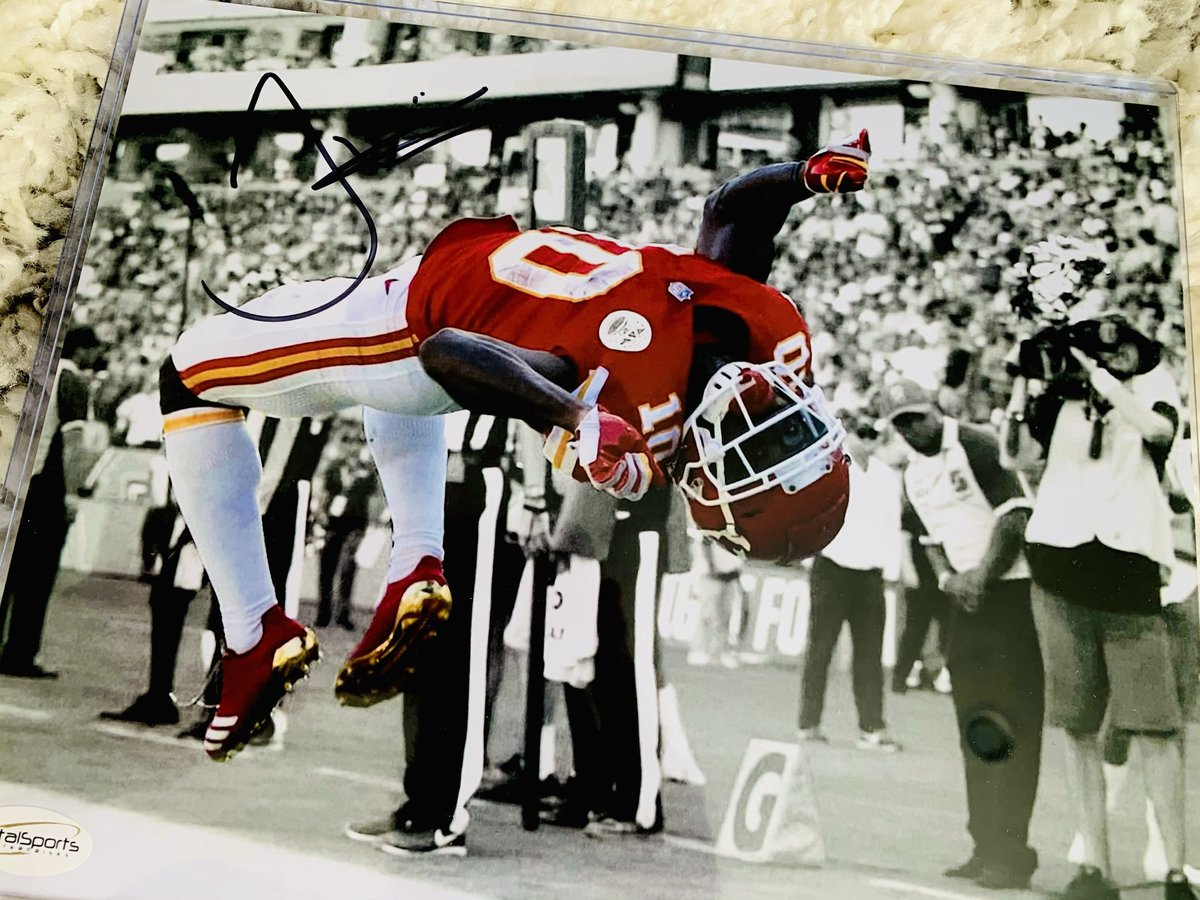 Congrats 🎉 @ChiefsGirl86 You were the 2nd name drawn in the #DuckRaces🦆 giveaway and win the @TSEKansasCity ✌️@cheetah ✍️signed 8x10 w/ COA! ✅your DMs for next step! New prize 🗣🗣Tuesday for the 3/7 giveaway #ChiefsKingdom