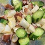 美味しくてカロリーも低め!きゅうりに海鮮系の食材を合わせて作る絶品料理!