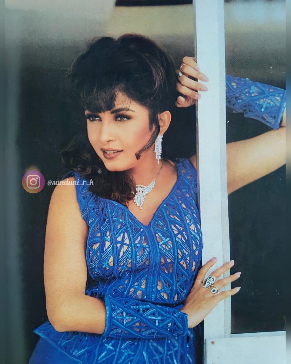 𝐁𝐞𝐚𝐮𝐭𝐲 𝐢𝐧 𝐁𝐋𝐔𝐄 💙... - - - #mylife @meramyakrishnan 👑 #mylove #Queen #Kollywood #Bollywood #Tollywood #ramyakrishnan #ramyakrishna #ramyaamma 😘🤗...