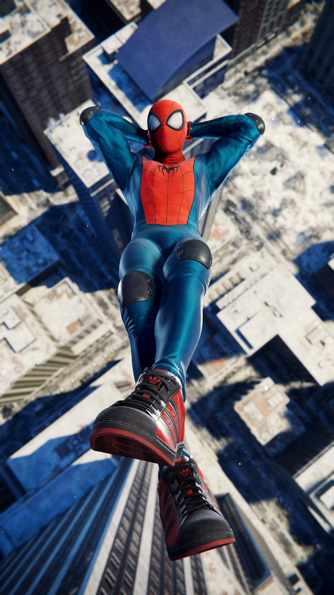 Falling with Style! @insomniacgames #SpiderManPS5 #SpiderManMilesMorales #MilesMoralesPS5 #PlayStation5 #PS5 #Share #Screenshot #VirtualPhotography
