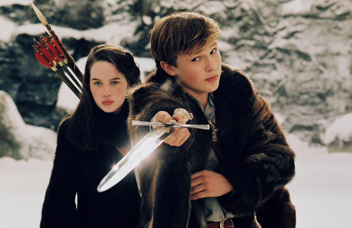 Replying to @tinkerbeckss: i am once again talking about narnia: the lion, the witch, and the wardrobe