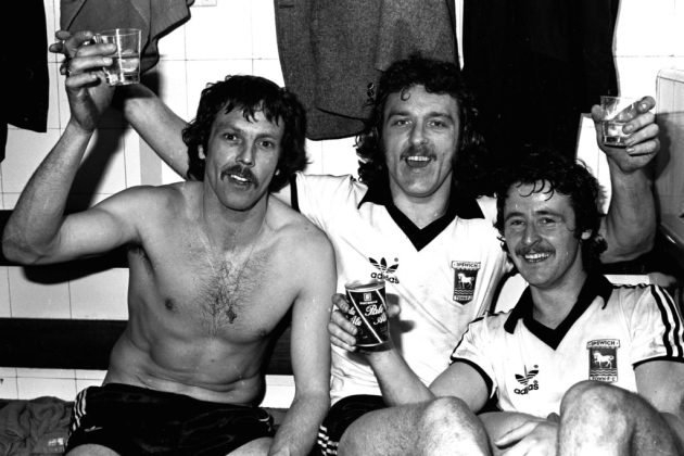 Allan Hunter, Kevin Beattie and Robin Turner raise a glass after the FA Cup Semi Final win over West Brom #itfc #FACup #FACup78