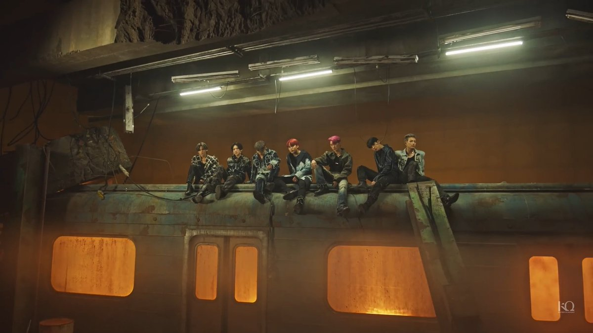 E vamos de grupo full visual  #ATEEZisBACK #FEVER_Part_2 #Fireworks #TheyAreComing #지금우리ATEEZ는_불놀이야