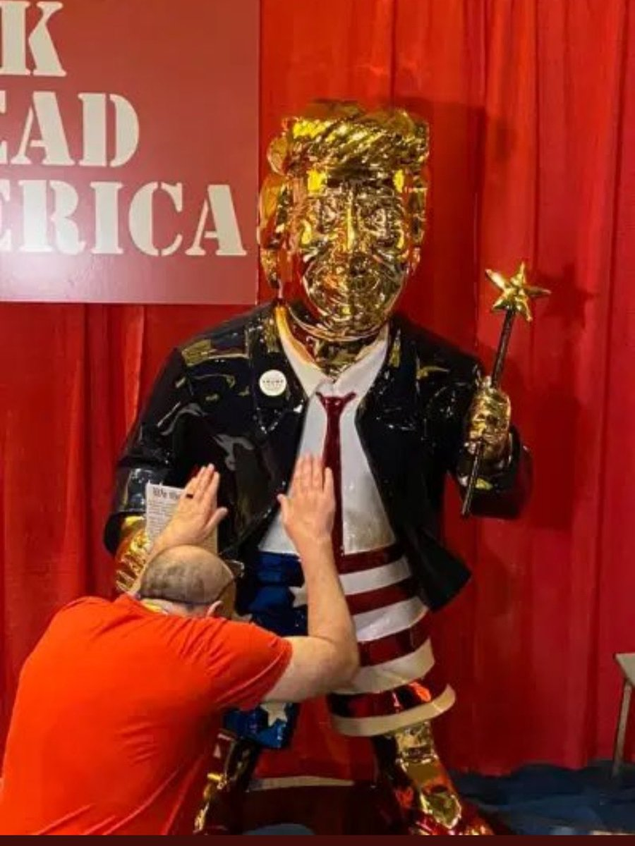 For a party that is so anti- LGBTQ, they really do like to blow Donald Trump  #CPAC #CPAC2021 #CPACNazis #CPAP2021 #GQP #GOPHypocrisy #GOPSeditiousTraitors #mushroom #DonaldTrump #MAGA #MAGAts #douche #QPAC2021 #GQP #GoldenCalf #Trump #TrumpCPAC #TrumpCult #Trumpism