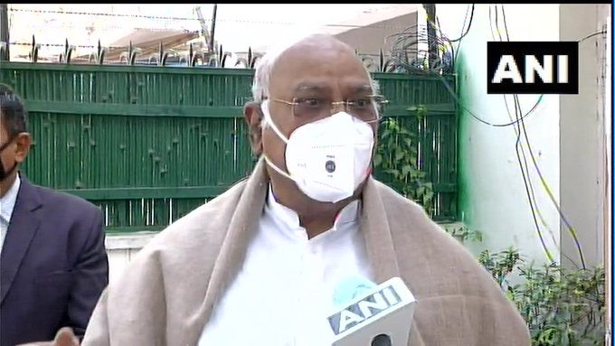 I am above 70 years of age. You should give it (#COVID19 vaccine) to youngsters who have a longevity in life as opposed to me. I merely have 10-15 more years to live: Mallikarjun Kharge, Leader of Opposition in Rajya Sabha, when asked if he would take the vaccine jab