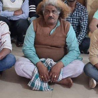 Wo to accha huaa #Mirzapur me bsdi waale chacha to Munna bhaiya unse bachh gye. Agar baghpat waale chacha hote to Munna bhaiya ki acche se le lete. kyun @PrimeVideoIN sahi bola ki galat.