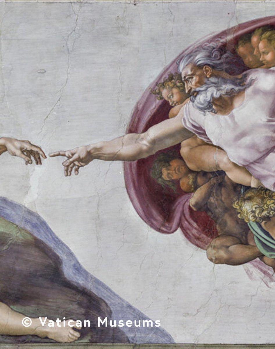 La mirada de #MiguelÁngel. Un #libro reproduce a tamaño real los frescos de la #CapillaSixtina captados en 270.000 #fotografías tomadas durante 67 noches. Una obra de #lujo que se puede comprar por 18.000 euros. #arte #bibliofilia