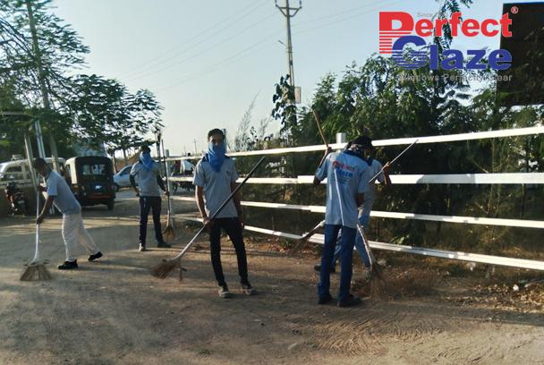 Clean India Green India  . . . . #swachhbharat #greenindia #aatmanirbharbharat #perfectglaze #luxuritoliving #pgwindows