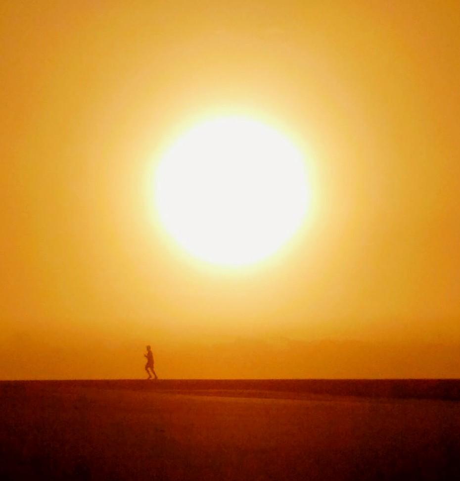 Morning jogger #Mondaymotivation #Algarve #Portugal🇵🇹#travel #photography