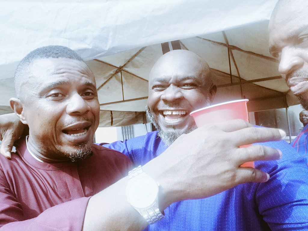 """""""When the world is so complicated, the simple gift of friendship is within all of our hands."""" — Maria Shriver Always a good time, see my brother from way back 1989...  #Abamade #MadeinAba #nwaAba #Ndi082  #willcampusBoyz #wilcoxclassof95 #friends"""