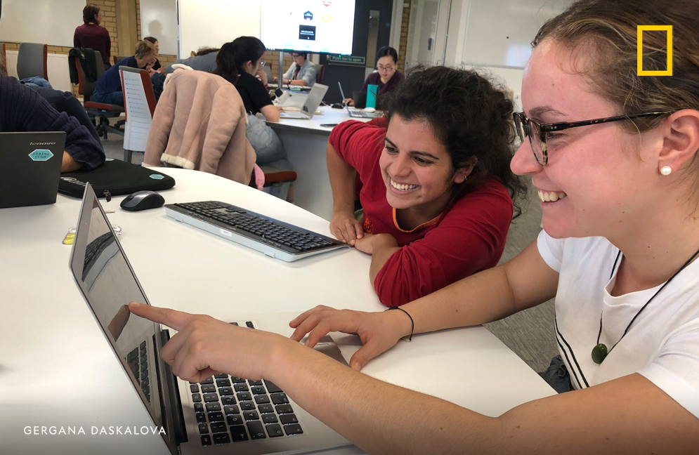 That's why a few years ago, my PhD student @gndaskalova & I set up 'Coding Club' to help people overcome the fear of statistics & coding. The idea is by teaching & learning together, we can all gain confidence. Now the team has grown & we're reaching people worldwide! 21/23