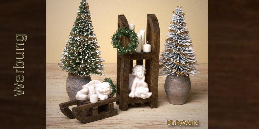 Dekorativer Miniatur-Tannenbaum in Holzvase fürs Puppenhaus  #christmas