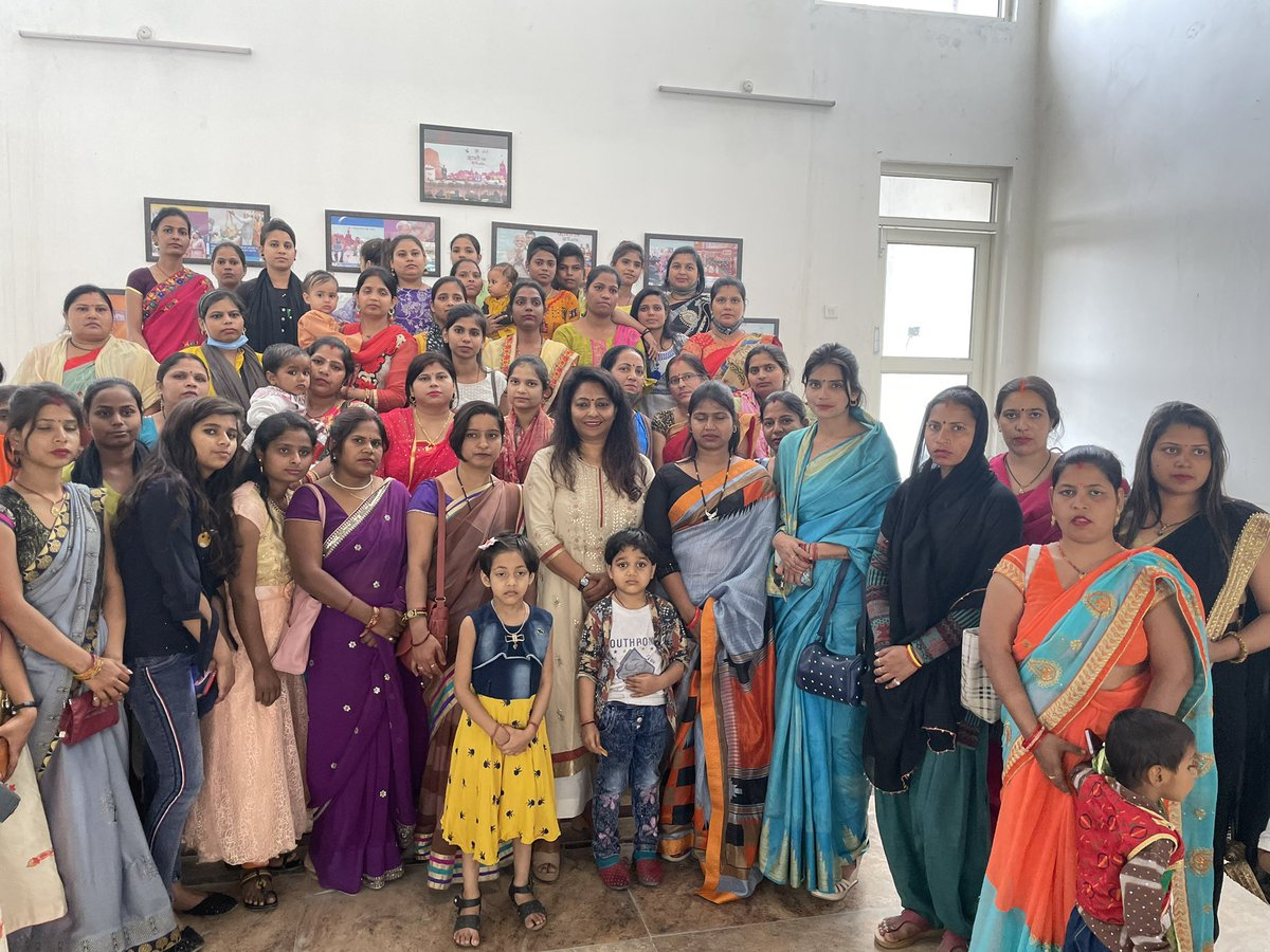 Empowered women are the foundation of tomorrow's #AtmaNirbharBharat . Invited women to give a tour to @Upid_Msme so that they may attend classes to be run under @UPSDMOfficial . Guided them to be independent. Broad smile on their faces made me happy @narendramodi @kunal_silku