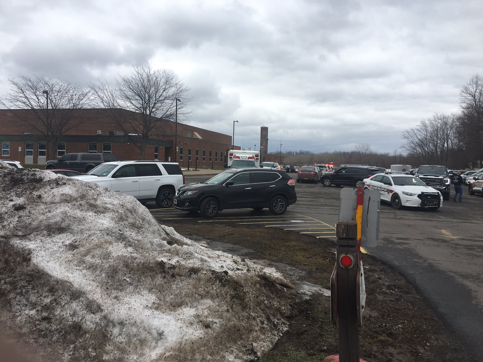 Police investigation underway at Wayne Middle School, resource officer injured