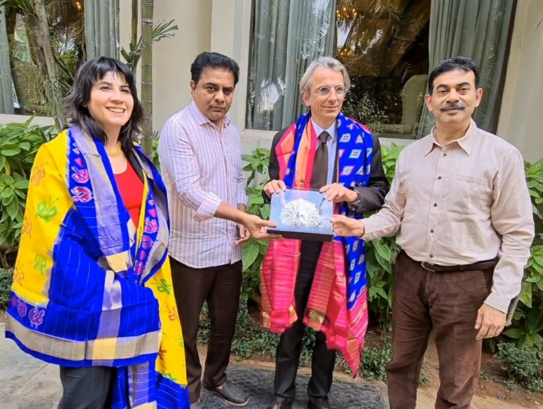 H.E. Mr. Emmanuel Leanain, French Ambassador of France and Dr. Marjorie Vanbaelinghem, Consul General of France formally met Minister @KTRTRS in Hyderabad today. Principal Secretary @jayesh_ranjan was also present. https://t.co/yiY8ink0kC