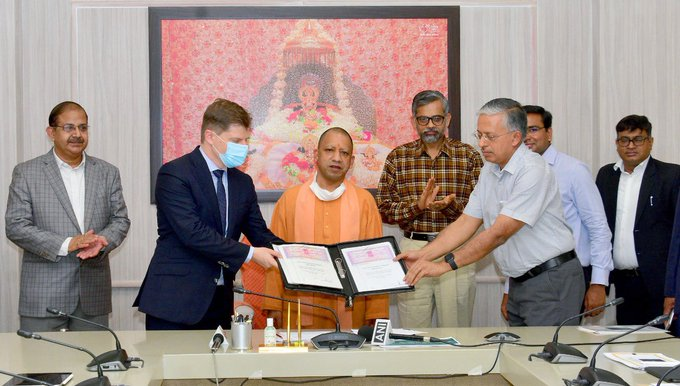 Noida International Airport signs State Support  Agreement with the Government of Uttar Pradesh