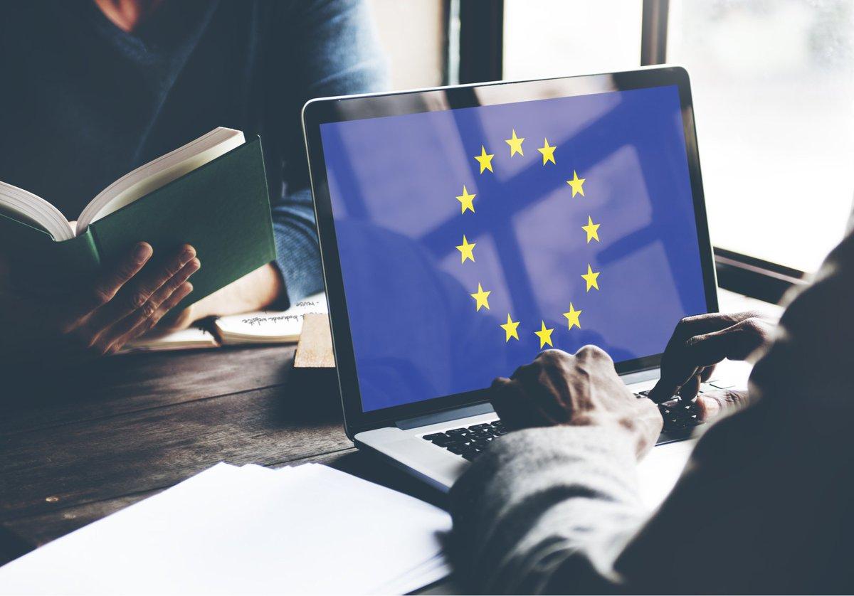 🇪🇺 ¿Te gustaría trabajar en las instituciones europeas?  🔎 Consulta el último boletín quincenal de @UDAreper e infórmate sobre las oportunidades de #empleo y #prácticas disponibles en la #UE ➡️   📧 ¡Suscríbete para recibirlo por correo electrónico!