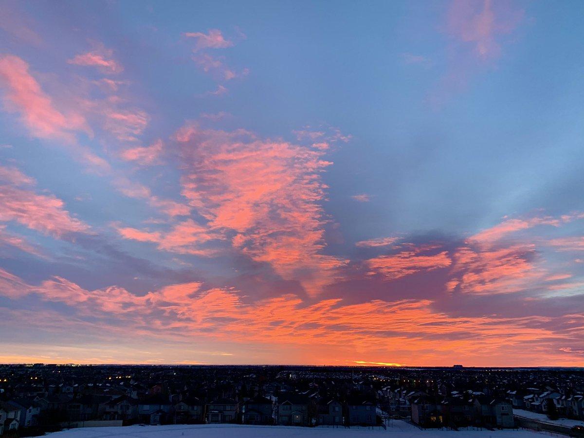 Welcome to March!  #ShareYourWeather #Calgary #YYC #CaptureCalgary #sunrise #GoodMorning