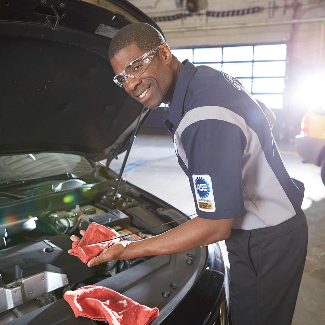 What's on today's to-do list? 📝 ✅ conventional oil change at Sears Auto It's ONLY $24.95 🚘 Tap now. https://t.co/hamYul0OWi https://t.co/2dGbFsOAjG