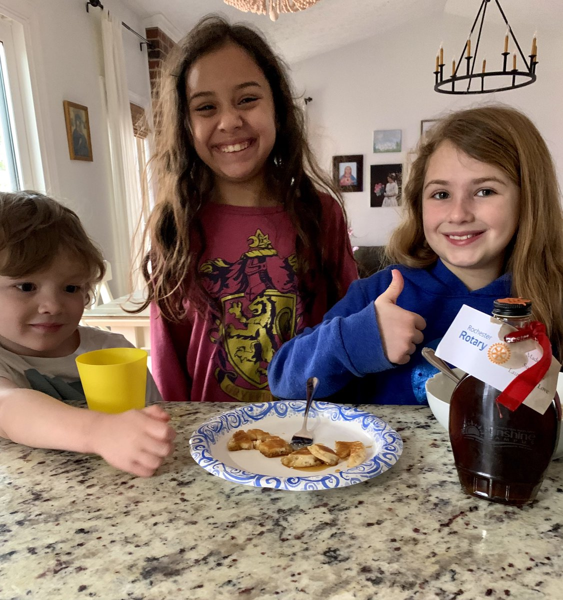 The kids had a special addition to their mini pancakes this morning thanks to our friends at @RochesterRotary. The Camp Sunshine pure maple syrup was delicious! Thanks @peterglennon and all the Rotarians!