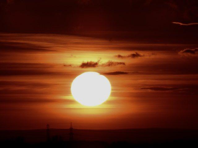 @StormHour Setting sun tonight