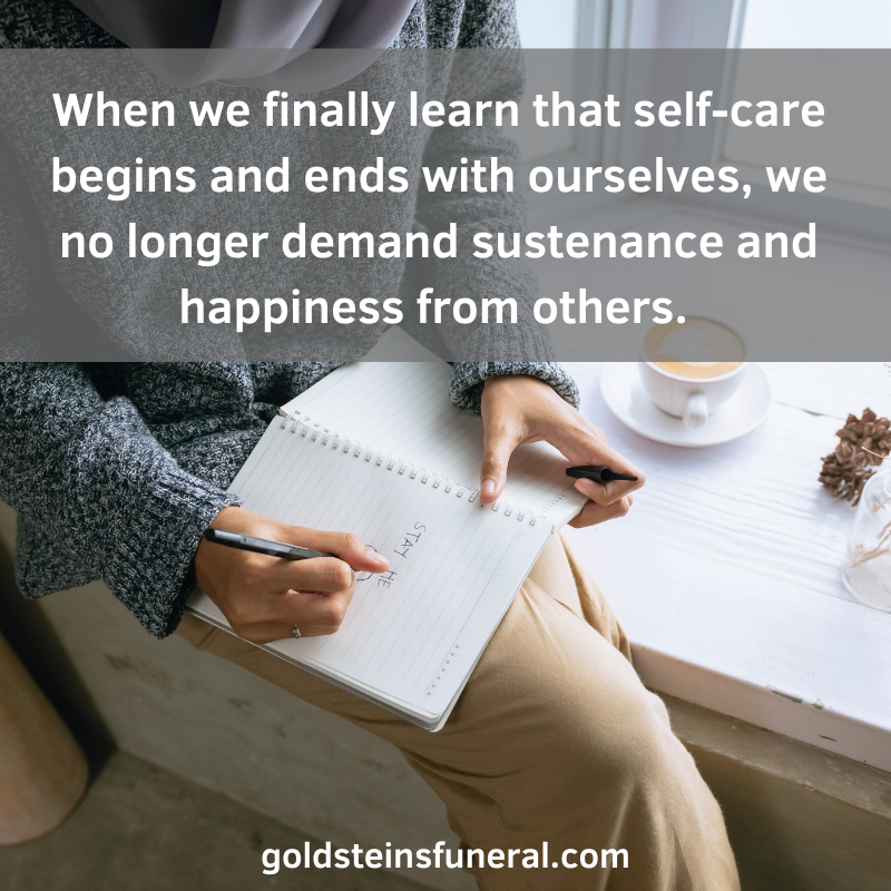 Self-care is important on a grief journey. Here are 5 ways to do that: 1. Be Kind to Yourself 2. Be Positive 3. Relieve Your Anger 4. Take Care of Your Body 5. Record Your Thoughts as You Recover #selfcare #griefsupport