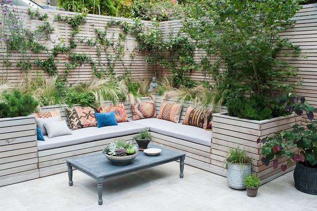Outdoor seating areas provide comfort and opportunities for entertaining friends. #landscape #design