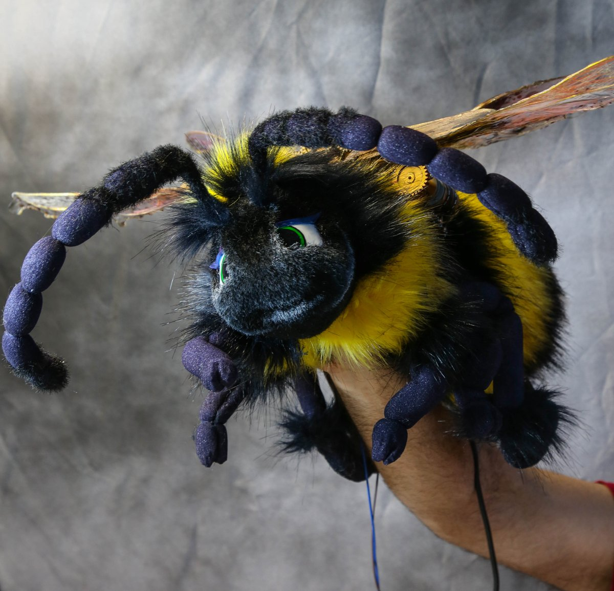 Pictures of the fully working Mechanical steampunk Bee. Whose role sadly got cut down, but he was filmed spead up and shrunk down on the show. #yonderland #tv #comedy #sky #workingtitle #puppet #puppetmaker #bee #sculpture #characterdesign #Steampunk #Clockwork #Motorised #cute