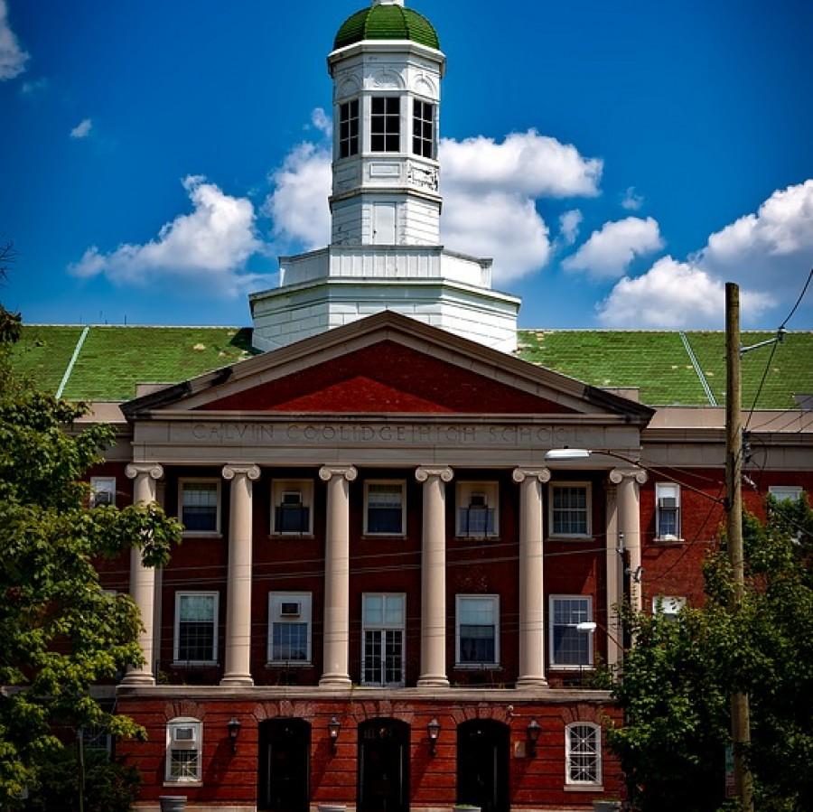 On this day in 1867 Howard University was first chartered!  #howarduniversity #hbcu #blackhistory #history #washingtondc #ustreet #explorepage #hbcupride #howardu #bhfyp https://t.co/pqfcb0FoOm