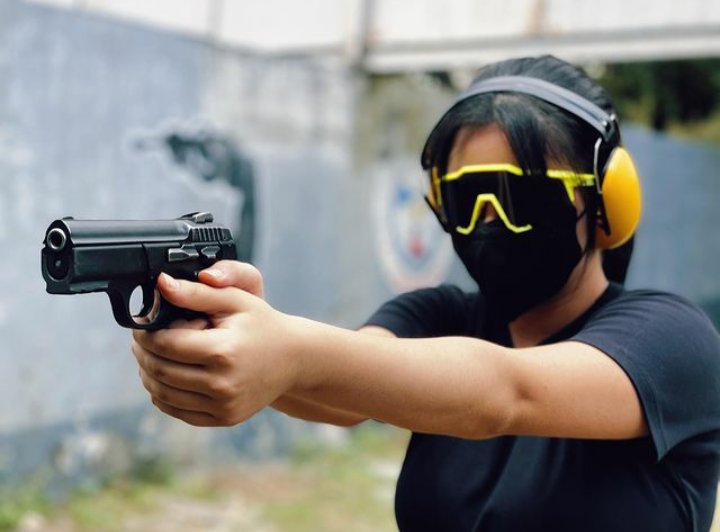 The essence of #CassyLegaspi's new found #hobby ↔ #shooting ↔ self-discipline, focus, build up confidence.  Check this out in her recent #igpost.  @LegaspiCassy  #instagram