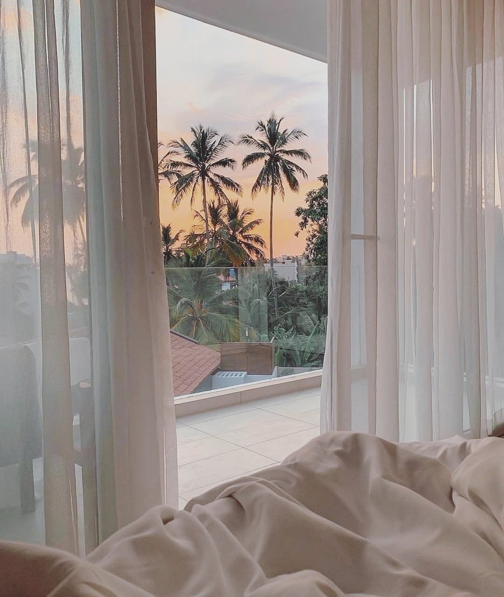 Image for The cosiest set up & prettiest view 😍   #inspo https://t.co/ipBOGVfFkD