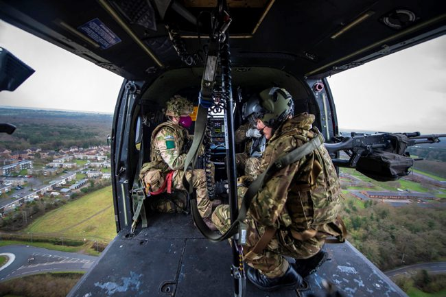📷 Wherever they are, Armed Forces personnel continue to train and prepare. 👇 🚁 The 3rd Battalion Parachute Regiment have been taking part in helicopter raid training at Merville Barracks. 💪 The paratroopers were lifted from their barracks to seize and attack buildings.