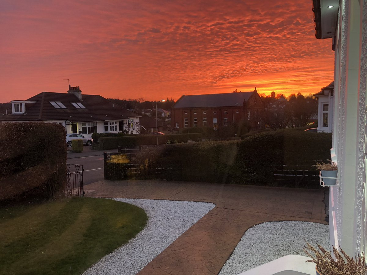 Current view from the living room window. What a sky! #spring #sunset #spam #nofilter #NaturalBeauty