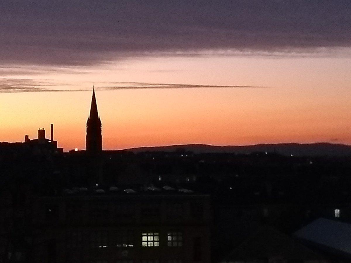 Tonight's amazing sunset: Glasgow University #nofilter #glasgow
