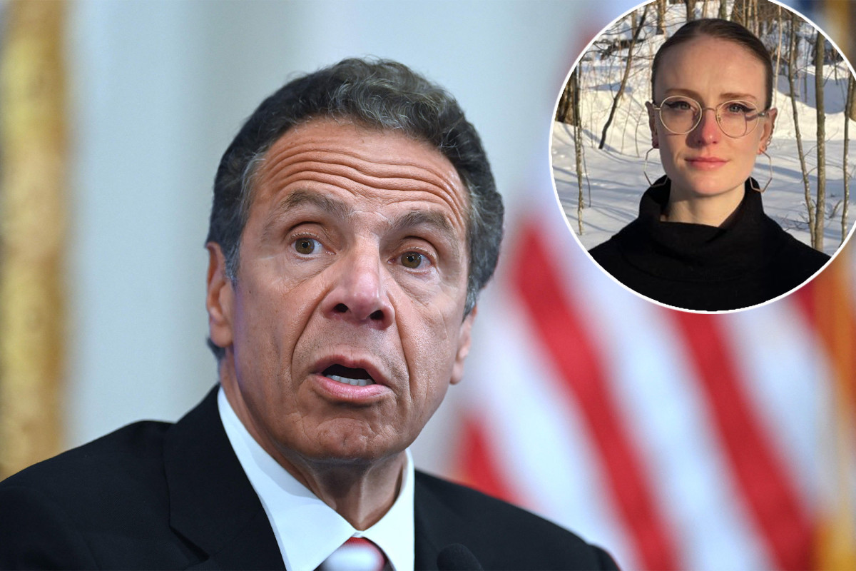 Andrew Cuomo accuser lashes out at 'predatory' gov over his supposed apology