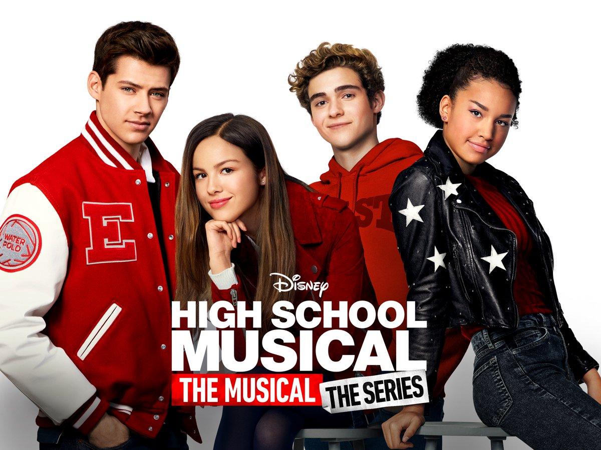 """As gravações da segunda temporada de """"High School Musical: The Series"""" chegaram ao fim! Alguns atores e atrizes do elenco fizeram postagens cheias de emoção, em suas redes sociais. Os novos episódios da série chegam ao Disney+ no dia 14 de maio!!   #disney #disneyplus"""