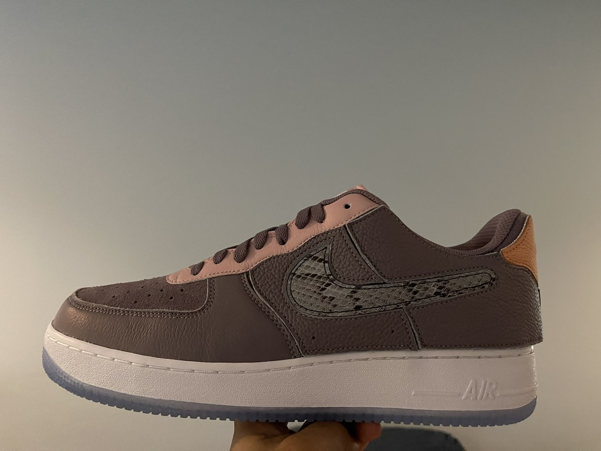 These are funky but clean. #KillaCam #NikeID #NikeByYou #AF1 #uptowns
