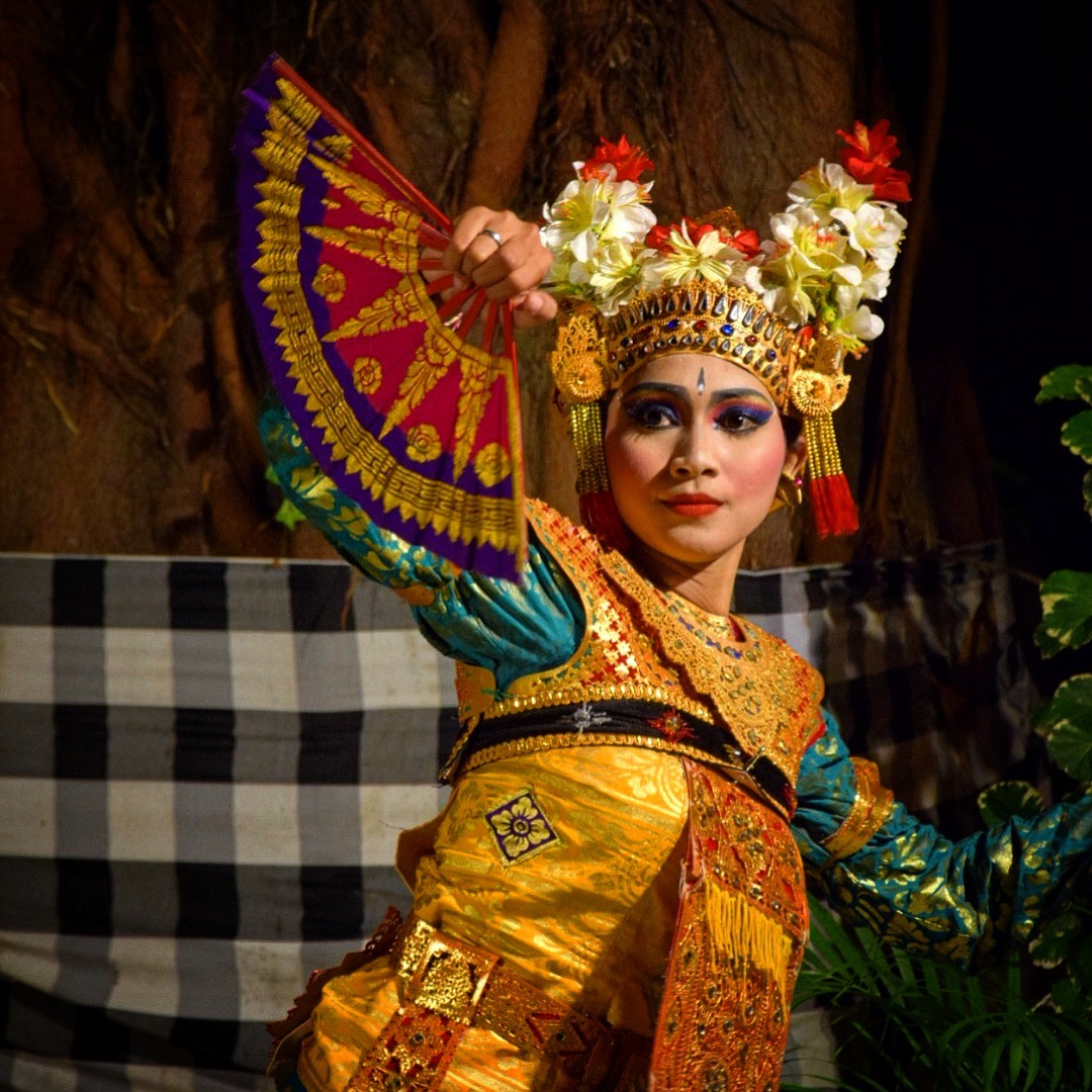 Astagina Resort Villa and Spa Garden Party     #travel #lookatourworld #travelbloging #travelbloggers #BaliCulture #Beer #ChickenSatay #Dancing