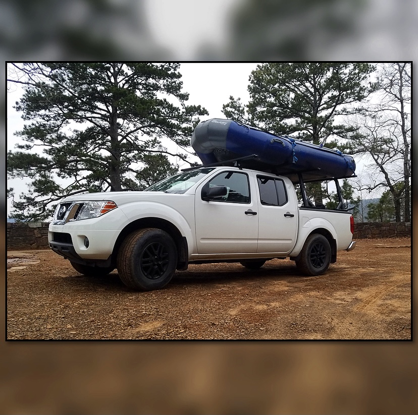 Get your vehicle a set up from @yakimaracks for all your hauling & shuttling needs 🎯 Our guys can help you choose what's best for your vehicle & needs! #shoplocal #getoutdoors #thenaturalstate #shopsmall #supportsmallbusiness #momandpopshop #familyownedbusiness
